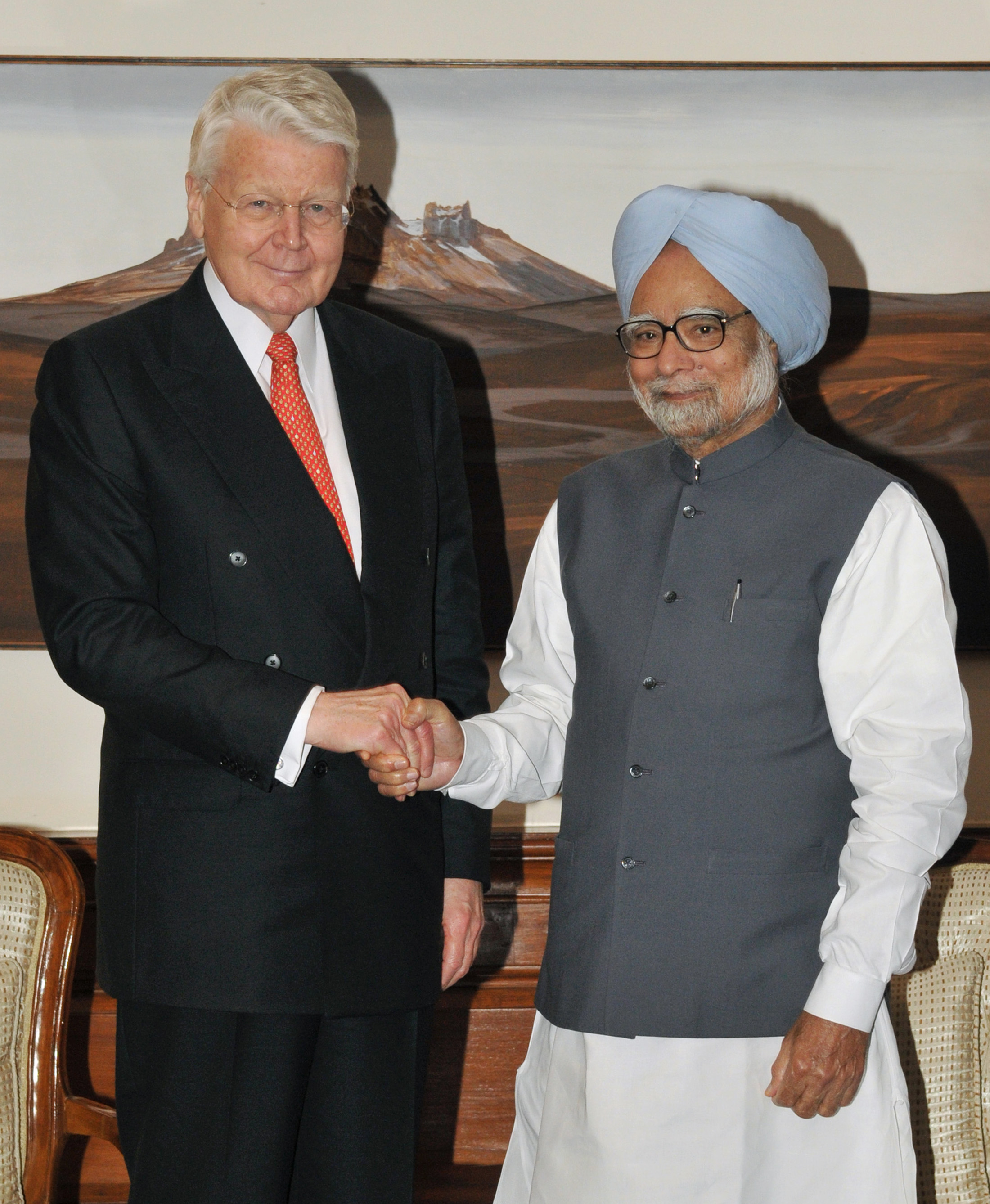 The President of Iceland with the Prime Minister of India
